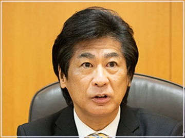 田村憲久の髪型